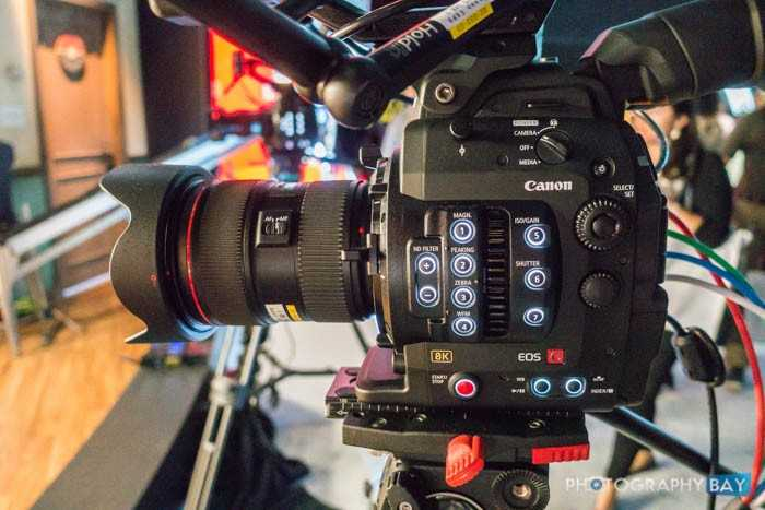 Canon-Cinema-EOS-8K-Camera-10-700x467