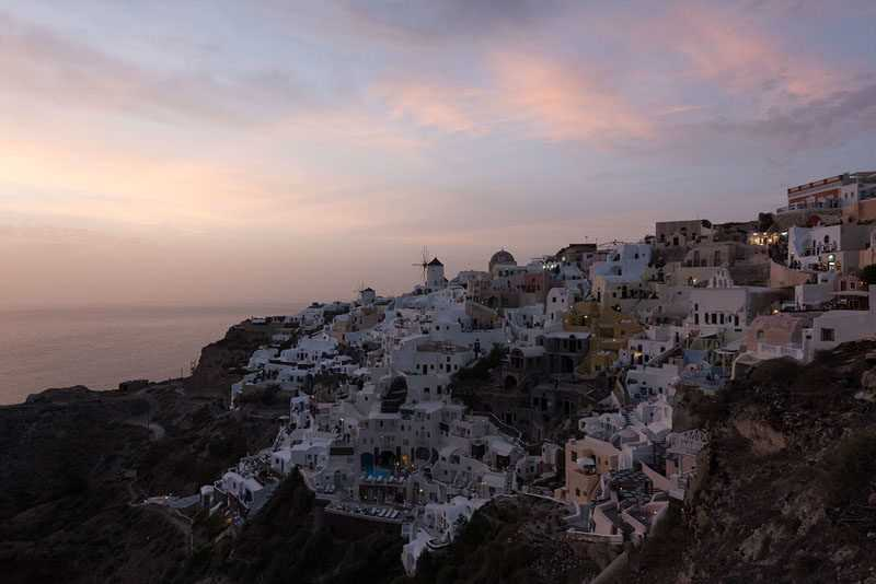 Elia-Locardi-Travel-Photography-Tranquility-Santorini-Stage-One-BEFORE-1440-60q-800x534